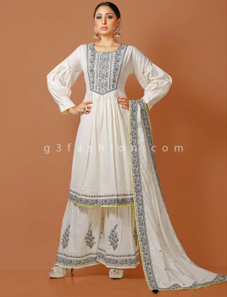 White kurti pair with palazzo pant in cotton