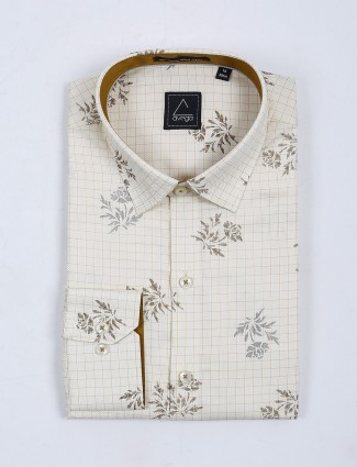 Avega cream checks with printed shirt