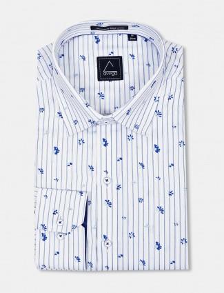 Avega white stripe pattern cut away shirt