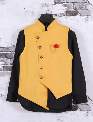 Balck and yellow waistcoat set