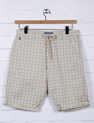 Beevee beige hue checks pattern shorts