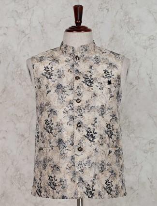 Beige thread weaving waistcoat