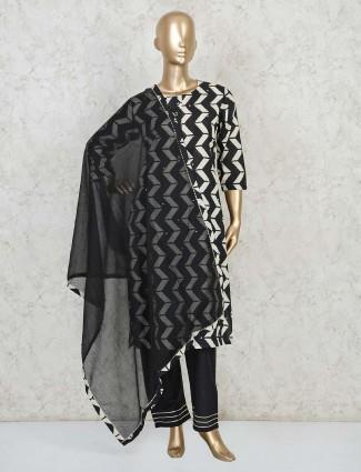 Black cotton printed u neck pant suit