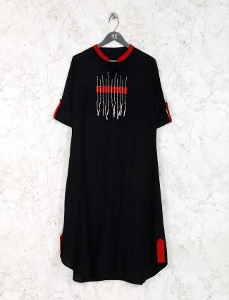 Black hued solid casual wear kurti