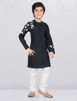 Black simple kurta suit for champ