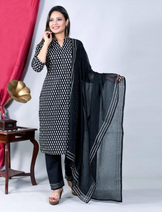 Black straight kurti set with pants in cotton