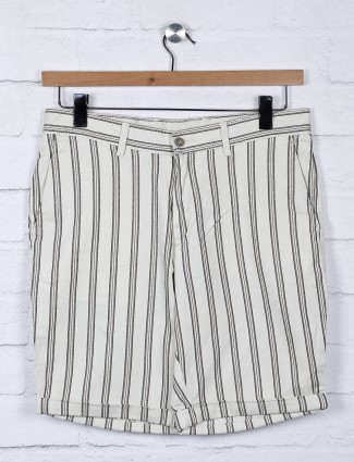 Blackberrys stripe beige hue shorts