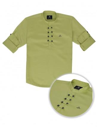 Blazo solid pista green slim collar kurta shirt