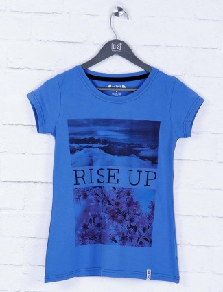 Blue hue casual wear top