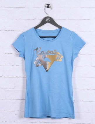 Blue hue colored cotton casual top