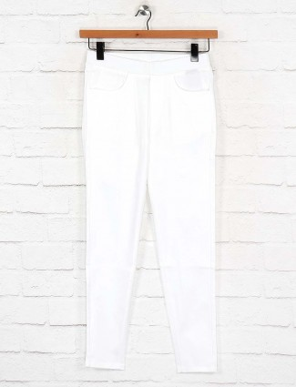Boom solid white colored casual jeggings