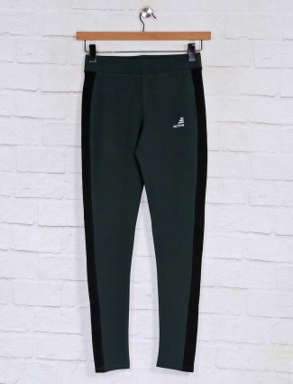 Bottle green solid cotton runnig pant