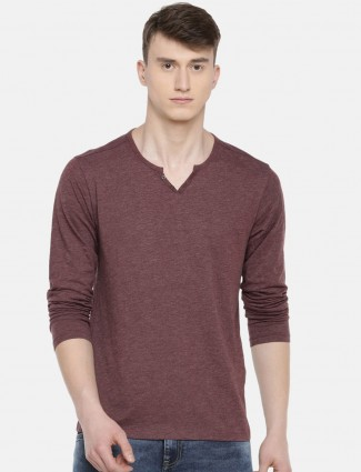 Celio presented wine maroon solid t-shirt