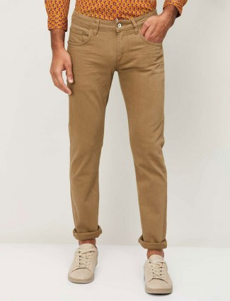 Celio solid brown denim jeans for mens
