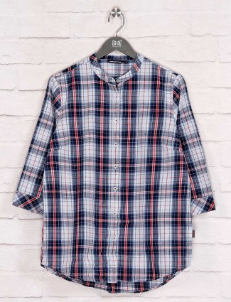 Checks design white cotton long shirt