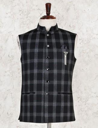 Checks pattern black hue terry rayon waistcoat