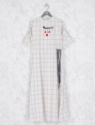 Checks pattern cotton cream kurti