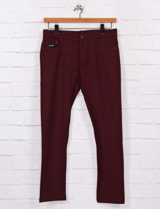 Chopstick slim fit solid maroon track pant
