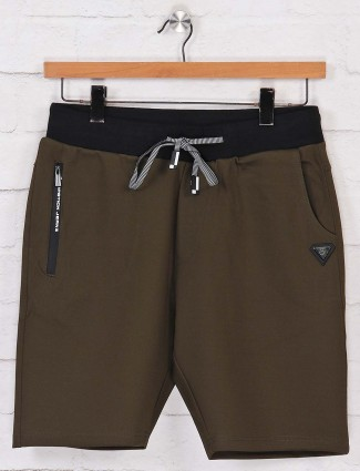 Chopstick solid olive cotton shorts