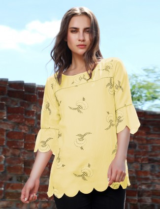 Cotton printed casual top in yellow