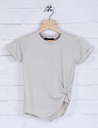 Deal beige cotton round neck solid top