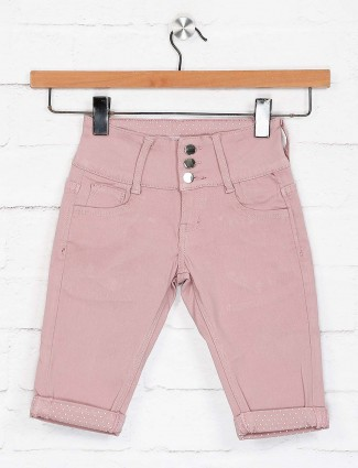 Deal denim pink solid half pant