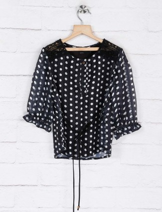 Deal georgette black printed top