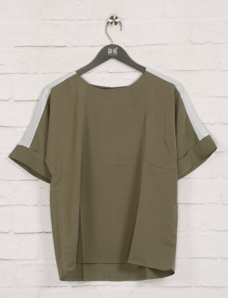 Deal olive solid cotton top