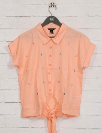 Deal peach thread work cotton top