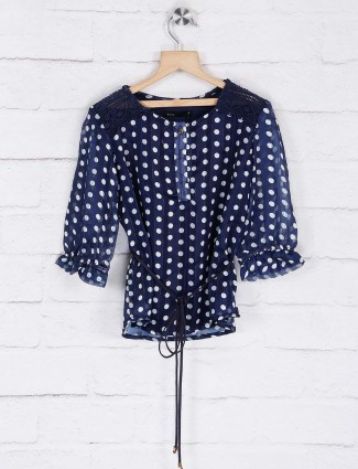 Deal round neck navy printed top