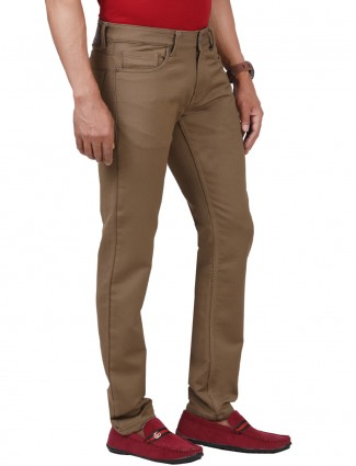 Dragon Hill slim fit solid khaki jeans