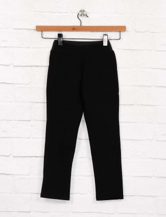 EBONY presented black color solid jeggings
