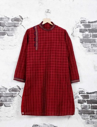 Fesetive wear maroon kurta suit