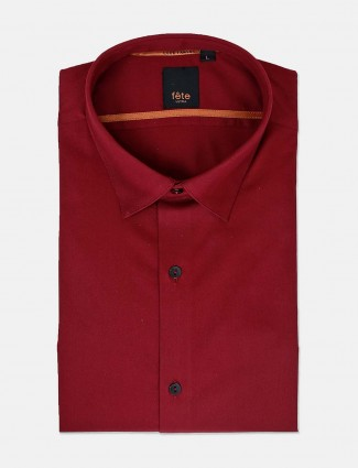 Fete maroon solid formal wear shirt