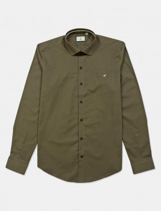 Frio solid olive slim fit cotton shirt