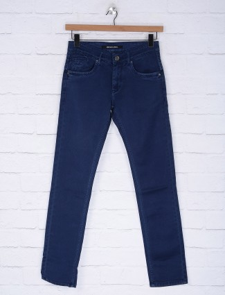 Gesture simple royal blue jeans