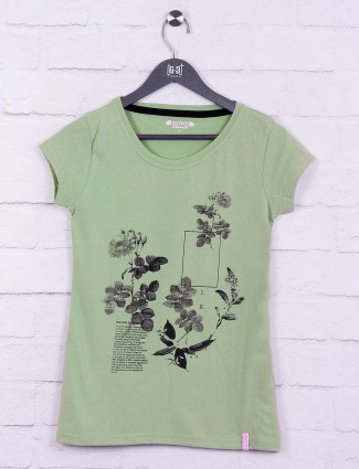 Gorgeous green hued cotton top