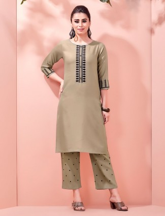 Green cotton kurat paired with pant style bottom