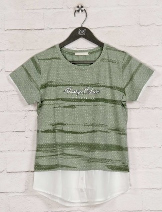 Green cotton printed casual top