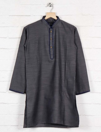 Grey solid boys kurta suit in cotton