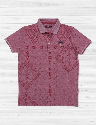 Hats Off printed maroon color t-shirt