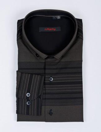 I Party presented black stripe pattern shirt