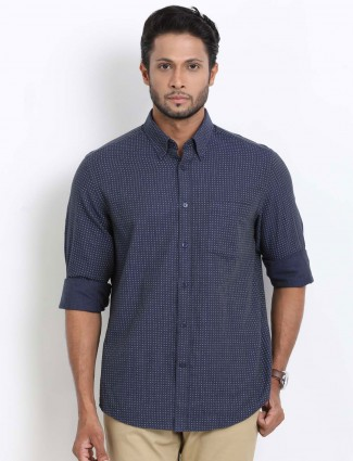 Indian Terrain printed slim fit navy shirt