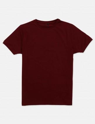 Kuch Kuch maroon half sleeves solid t-shirt