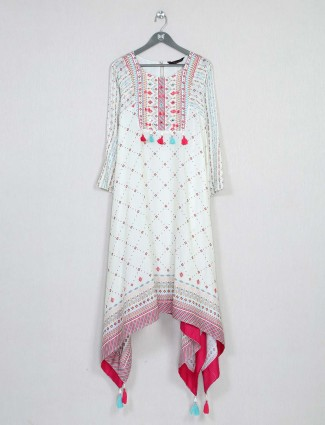 Latest white cotton kurti for festive wear