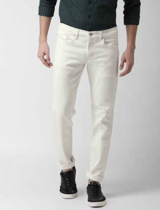 Levis cream color jeans