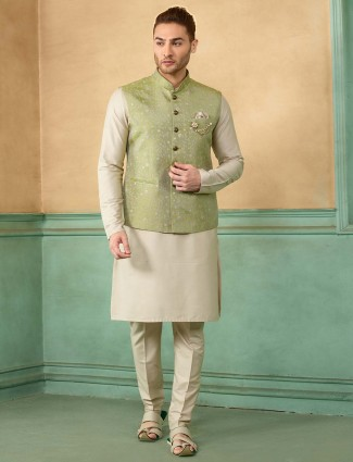 Light green solid waistcoat set for party wear