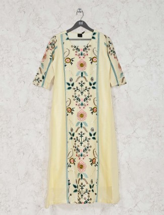 Light yellow cotton kurti in casual wear