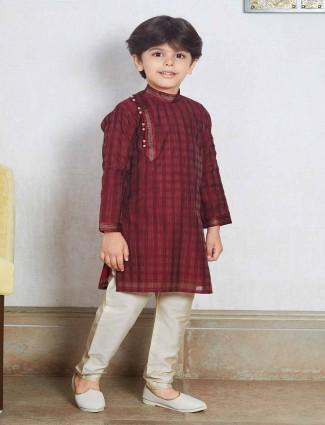 Maroon checks kurta suit