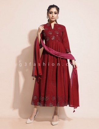 Maroon cotton quarter sleeves kurti with dupatta
